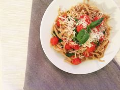 Fresh Tomato Sauce Linguine recipe from @franklyray #linguine #freshpasta #highprotein #lowcarbs #lowcalories #healthylife #LovePastaAgain #skinnypasta #superfood #glutenfree #linguine