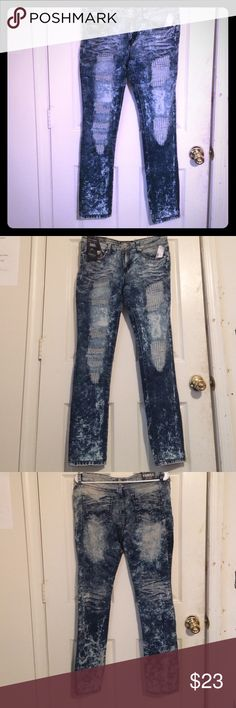 BNWT's,SweetLookALWAYS A THRILL,ORIGINAL,Faded 👖! BNWTag's, Sweet look 👀 Edition Always A Thrill Women's Style 👖 Jeans... Medium waist with the best push up effect. Premium stretch retains shape. 5 style pocket style. Belt loops, zip closure. They are the stone wash color that have been back for YEARS...Wash them deep and slow so there will be no ripping... They are 76 % cotton 22% Polyester and 2 percent Spandex... 100 percent AUTHENTIC... And they are size ( 13 ) in Juniors They are…