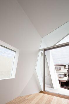 House Folded / Alphaville Architects
