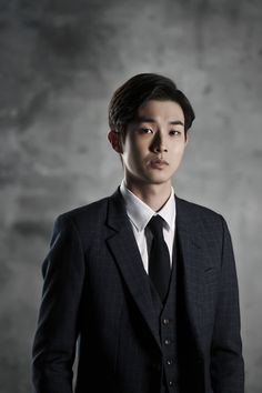 Choi Woo Shik was so sad miss his friend and Park Yoochun and Jo Jung suk okay 2014 2016 2017 ok All Korean Drama, Kang Haneul, Handsome Korean Actors, Nam Joohyuk, Jung Suk, Kdrama Actors, Korean Celebrities, Pride And Prejudice, Suit Fashion