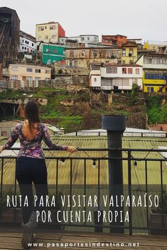 Te comparto rutas para visitar Valparaíso por tu cuenta y no perderte nada de lo que la ciudad te puede ofrecer #valparaiso #chile #chileestuyo Hostels, Chile, Mosaic Stairs, Queen Victoria, Passport, South America, Chilis, Chili