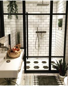75 Most Popular White Bathroom Design Ideas for 2018 - Di Home Design Basement Bathroom, Bathroom Interior, Master Bathroom, Bathroom Remodeling, Remodel Bathroom, Remodeling Ideas, Bathroom Sinks, Bathroom Black, Bathroom Small