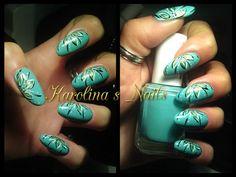 Just a flower #green #spikeynails #flecks #nails #nailpolish #naillacquer #nailart - bellashoot.com