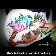 Bekijk hier de fraaie bellypaints gemaakt door Studio Bodymention