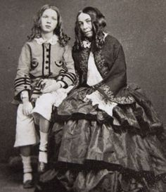 Family affair: This 1860 photograph shows poet Elizabeth Barrett Browning, right, and her son Robert Wiedemann Barrett Browning. It was only when Barrett was in her late that Browning began writing to her Women In History, British History, American History, Family History, Elizabeth Barrett Browning, Victorian Photos, Victorian Era, Writers And Poets, People Of Interest