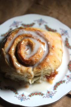 Oh So Soft Vegan Cinnamon Rolls - Kitchen Grrrls. Has butter and margarine; yeast dough recipe - need to keep searching.