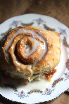 Kitchen Grrrls.: Oh So Soft Vegan Cinnamon Rolls - you can use gluten free flour instead of wheat flour :)