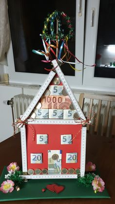 Money gift for the topping-out ceremony at home - gift ideas - # for . - Money gift for the topping-out ceremony at home – gift ideas – gift idea - Home Gifts, Diy Gifts, Wedding Favors, Wedding Gifts, Diy And Crafts, Crafts For Kids, Diy Hanging Shelves, Cool Mom Picks, Diy Presents