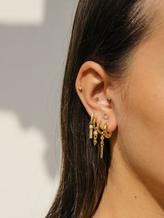 Eline Rosina earspiration for this season! Create your own earparty with Eline Rosina jewelry! Eline Rosina earspiration for this season! Create your own earparty with Eline Rosina jewelry! Unique Earrings, Diy Earrings, Bridal Earrings, Crystal Earrings, Gold Earrings, Cross Earrings, Gold Bracelets, Pierced Earrings, Statement Earrings