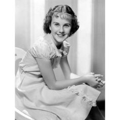 Deanna Durbin, 1936 Movies Photo - 46 x 61 cm Canadian Actresses, Female Actresses, Female Singers, Actors & Actresses, Golden Age Of Hollywood, Hollywood Stars, Classic Hollywood, Old Hollywood, Martha Raye