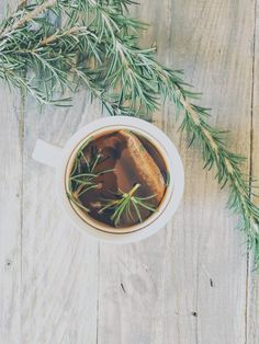 Rooibos and Rosemary toner Body Scrub Recipe, Alpha Hydroxy Acid, Face Mist, Loose Skin, Beauty Routines