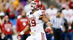 Tweener linebackers, like Sooners standout Erik Striker, are all the rage as coaches look to find ways to stop the spread.    Adam Rittenberg of ESPN (Insider content) writes that as football gets more spread out and becomes more about space, defensive coaches are using more undersized, hybrid linebackers like OU's pass rusher extraordinaire.   Guys like Striker, who's gained more than 20 pounds since showing up at OU at less than 200, often get lost in the shuffle in recruiting because they…