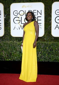 Golden Globes 2017: Fashion From the Red Carpet - Viola Davis in Michael Kors Collection