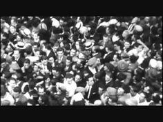 TEMA 10 - La Segunda República (1931-1936/39) (Marcos Alvarez - YouTube -) 1.- El sistema de partidos y la Constitución de 1931. (00:00 - 06:34) 2.- Las reformas del bienio republicano-socialista. (06.34 - 12:49) 3.- El bienio de centro-derecha. (12:49 - 19:56) 4.- Las elecciones de 1936 y el triunfo del Frente Popular. (19:56 - 25:08) Frente Popular, Spanish, War, Liberalism, Socialism, Grandparent, 18th Century, World War, Monuments