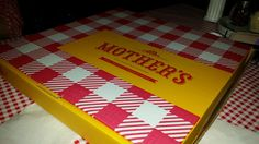 Mother's Pizza box. New Look