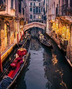 Charming corners 🌟 ~ Venice, Italy  Photo: @vi66nya Congrats! 😍  TAG someone you love 💖  #living_europe #venice #venezia #igersvenezia #ig_venice #veneziaunica #veneziadavivere #wu_europe #italy #ig_italy #italia #italiansdoitbetter #volgoitalia #italian_trips #italy_vacations #europe_gallery #europe_vacations #europe_tourist #europe #cityscape #loves_landscape #ig_europe #europa #traveladdict #loves_europe #postcardsfromtheworld #travelphotography #cityview #places_wow #city_explore