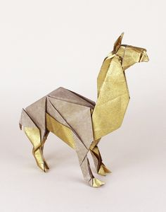 llama origami. For a classroom made-up story project about Peru. Repinned by Elizabeth VanBuskirk