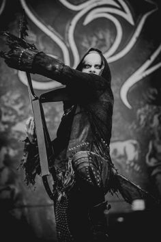 Behemoth @Bataclan Freight Forwarders Freight Forwarders 11 fev. 2014