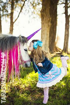Haha the poor pony. So adorable. This is a childhood dream right here.