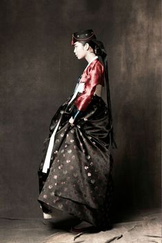 DPAGES – a design publication for lovers of all things cool & beautiful   The Amazing Hanbok