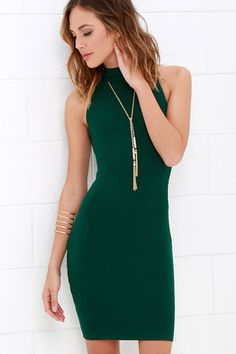 The Figure Eight Dark Green Bodycon Dress will run circles around any other dresses in your closet! A mock neck starts this sleeveless, bodycon dress off on the right track, while medium-weight ribbed stretch knit puts you in first place at the end of the race. Exposed metallic back zipper.