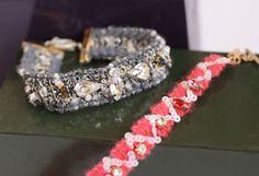 Você pode decorar e deixar a sua pulseira de pedrarias com o seu estilo.