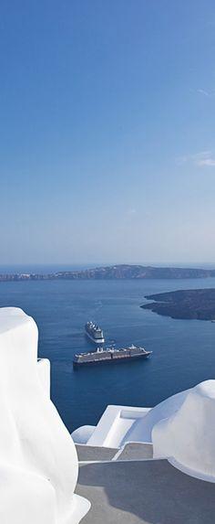 Chromata Santorini http://www.mediteranique.com/hotels-greece/santorini/chromata-hotel/