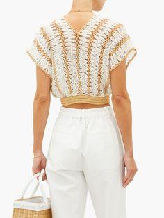 Crochet Bra, Hippie Crochet, Crochet Crop Top, Crochet Clothes, Knit Fashion, Fashion Outfits, Crop Top Pattern, Baby Dress Design, Crochet Cardigan Pattern