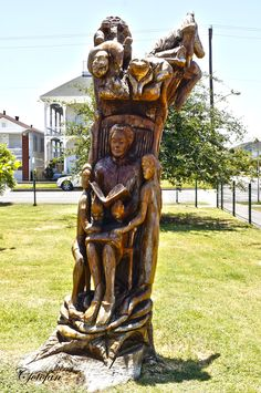 #TSU Art Alumni   Earl Jones is both a painter and wood sculptor. He is famous for creating the numerous sculptures in Galveston out of trees drowned in standing salt water following Hurricane Ike. Tree Sculpture, Sculptures, Earl Jones, Galveston, Salt And Water, Artworks, Trees, Wood, Woodwind Instrument