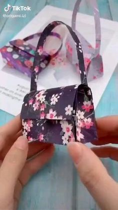 Beautiful Cool Paper Crafts, Diy Paper, Fun Crafts, Instruções Origami, Paper Crafts Origami, Diy Crafts Hacks, Diy Home Crafts, Diy Art, Diy For Kids