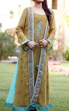 Pakistani designer dresses with rich embroidery are mostly used for special occasions and as party wear. Pakistani designers have made these dresses dominate the ethnic clothing scene. We have a wide range of new Pakistani Indian designer suits that are sure to tempt you. Visit Here http://www.786shop.com/dresses/designer-dresses.asp