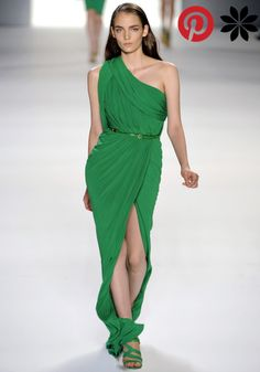 Vestido largo de fiesta, color verde esmeralda