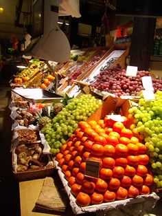 Love the Fresh Food markets in Spain. Fresh Food Market, 20 Years Old, The Fresh, Old World, Spain, Vegetables, Vegetable Recipes