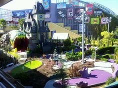 The new miniature golf located beside Citywalk at Universal Studios Orlando. Looks fun and big.