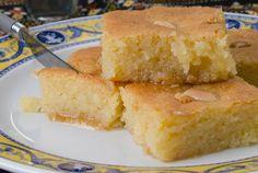 Greek Samali ( Semolina cake with syrup ) Turkish Sweets, Greek Sweets, Greek Desserts, Arabic Sweets, Greek Recipes, Fun Desserts, Greek Pastries, Syrup Cake, Semolina Cake