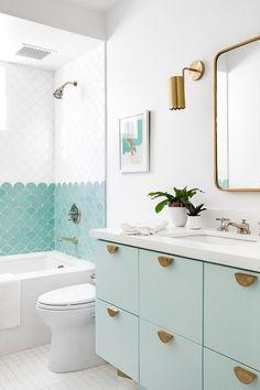 Bathroom Kids, Bathroom Renos, Master Bathroom, Girl Bathrooms, Tiled Walls In Bathroom, Girl Bathroom Ideas, Ikea Bathroom Vanity, Small Bathroom Inspiration, Beach House Bathroom