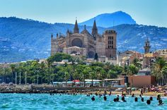 Palma beach views Spain, Places To Visit, Mansions, House Styles, Majorca, Sevilla Spain, Fancy Houses, Places Worth Visiting