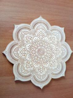 Mandala in legno taglio laser  da colorare di DragonHawk666 su Etsy