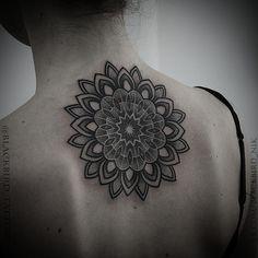 #mandalatattoo by @blackbird_tattoos /// #Equilattera #Miami #Tattoo #Tattoos #Tat #Tatuaje #tattooed #Tattooartist #Tattooart #tattoolife #tattooflash #tattoodesign #tattooist #tattooer #tatted #tattedup #tattoooftheday #instatattoo #ink #inked #inkedup #art #linework #dotwork #blackwork #blackink #mandala #backtattoo #geometrictattoo  Posted by @WazLottus