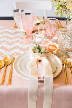 Peach and pink | chevron place setting
