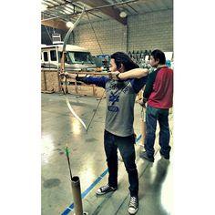 mahalo to @freckledislandmutt fo bringin us to da range fo go practice fo when we go back to da islands and boar hunt on his birthday #cheehoo! #archery #recurve #whatsacompoundbow? #tatayindaback #lefty #dreadhead #dreads #Padgram