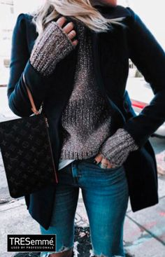 Grey sweater+ blue jean + blue bag + Layerstyle TRESemmé