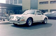 Porsche 911 / 1972. This is my dream car. I will own it one day.