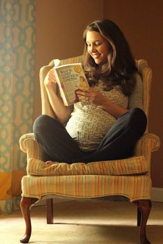 One of my all time favorite maternity photos featuring a comfy chair and a good book