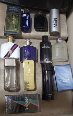 Best Perfume For Men, Best Fragrance For Men, Best Fragrances, Aftershave, Mens Style Guide, Men Style Tips, Expensive Perfume, Men Accesories, Versace