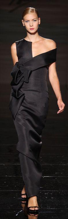 Fausto Sarli black dress #fashion #gown