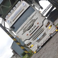 Customised Trucks, Custom Big Rigs, Show Trucks, Dump Trucks, Sale Promotion, Heavy Equipment, Buses, Trailers, Techno