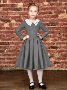 Gillian Wool Sc by Alisia Fiori on Etsy. Dresses and coats for girls and women. Abiti e cappotti per Cute Little Girl Dresses, Baby Girl Dresses, Baby Dress, Baby Girl Dress Design, Vintage Tea Dress, Simple Gowns, Italian Outfits, Kids Dress Patterns, Girls Party Dress