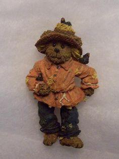 Boyds bear magnet (made from pin) einstein q. scardybear, scarecrow, halloween