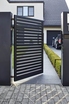 Gate Wall Design, Steel Gate Design, Front Gate Design, House Gate Design, Door Design, Gate Designs Modern, Modern Fence Design, Balcony Railing Design, Window Grill Design